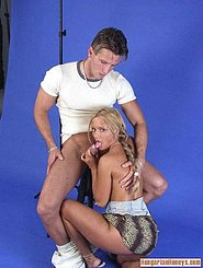 Галереи порно групповой секс фото волосатых писи